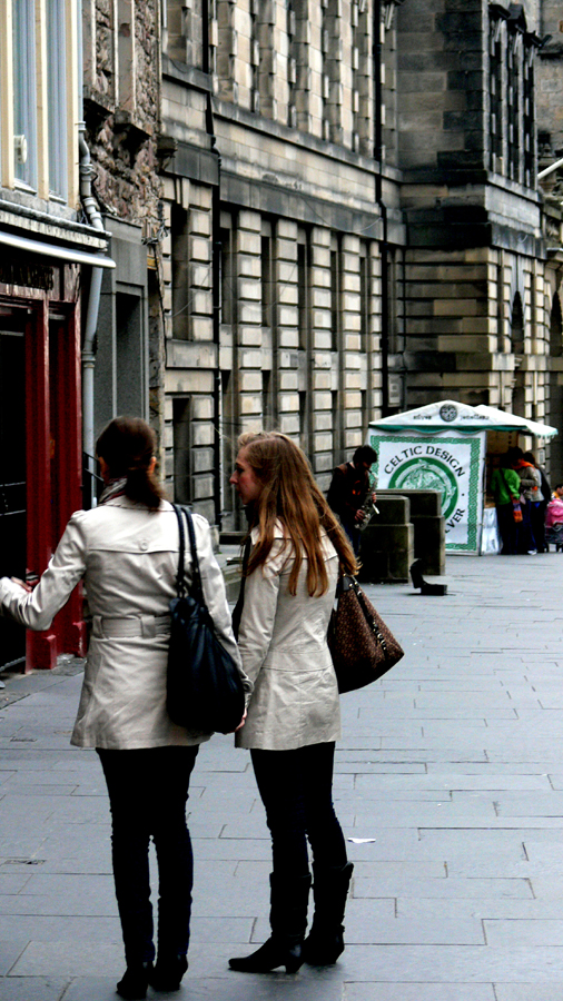 Shoppers, Edinburgh
